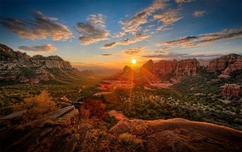 Recuerda que siempre hay oasis en el desierto ... no todo está perdido